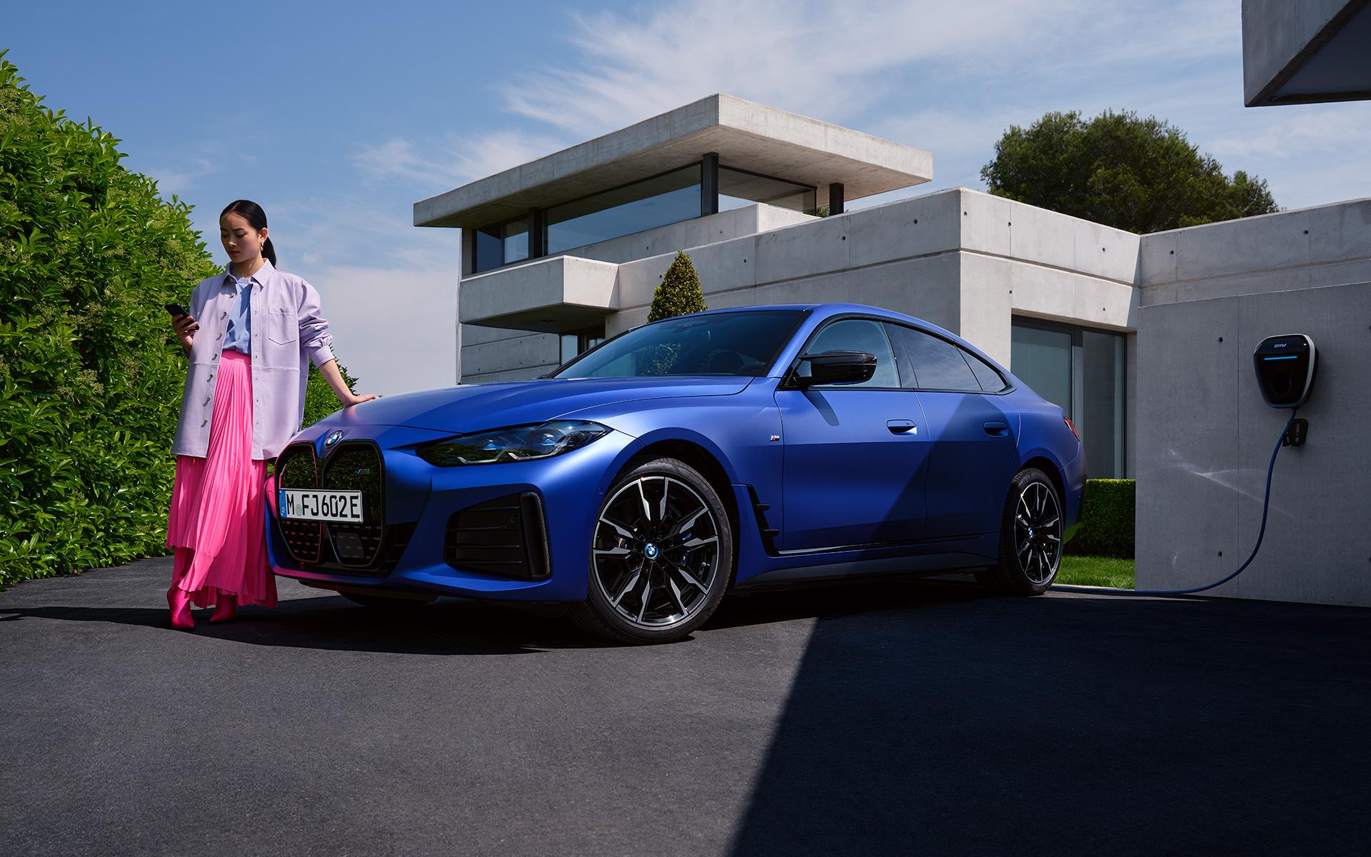 BMW i4 M50 Vedere de Ansamblu