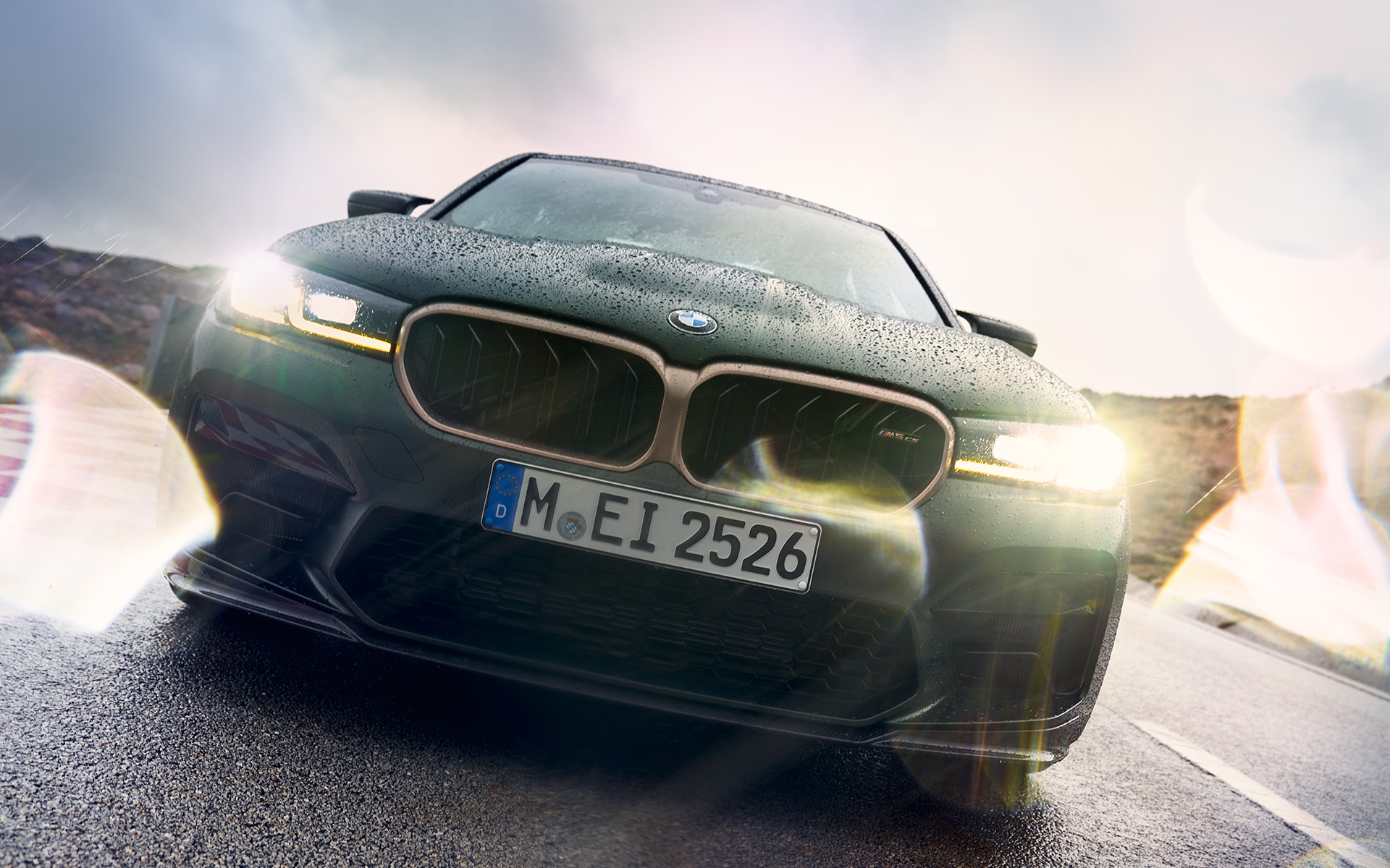 BMW M5 Sedan Design Frontal